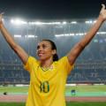 Em goleada por 11 a 0, alagoana Marta passa Pelé e vira maior artilheira da Seleção