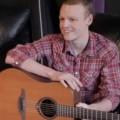 Com doença terminal, jovem de 17 anos grava música de despedida no YouTube