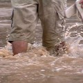 Água sanitária ajuda a prevenir doenças ocasionadas pelas chuvas