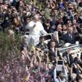 Papa reza Missa de Ramos e volta a convocar para a Jornada Mundial da Juventude