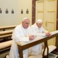 Papas Francisco e Bento XVI  rezam juntos em Castelgandolfo