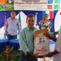 Governo entrega sementes em Delmiro Gouveia
