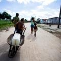 Casal constata que água distribuída no interior de Alagoas é imprópria