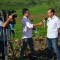 Produtor santanense é entrevistado por equipe de TV em Alagoas