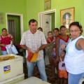 Secretaria de Agricultura faz doação de 640 kg de polpa de fruta em Santana do Ipanema