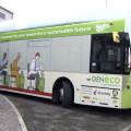 Ônibus movido a fezes faz estreia na Inglaterra