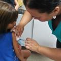 Começa hoje campanha para atualizar caderneta de vacinação