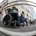 Pessoa com deficiência será considerada idosa aos 50 anos, aprova comissão