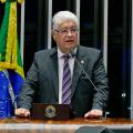 """Após """"querida"""" de Lula, senador propõe fim do tratamento cerimonioso de agentes"""