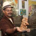 Uma vida na ponta dos dedos: mestre artesão conta a sua história com o barro