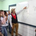 Professor usa criatividade para dinamizar aulas de História