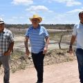 Prefeito visita barragens comunitárias na zona rural de Santana do Ipanema