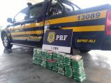 Polícia apreende 80 quilos de droga em fundo falso de caminhão em Canapi