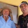 Cantor pernambucano conhece banco de sementes crioulas em Santana do Ipanema