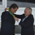 Pelo Twitter, Trump cumprimenta Bolsonaro pela posse