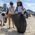 Cultura do Japão invade a praia do Rio e leva também cidadania