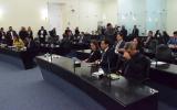 Deputados debatem uso da polícia para cumprimento de decreto do Governo