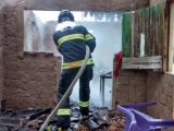 Casa pega fogo em Areia Branca na cidade de Santana do Ipanema