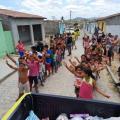 PM distribui presentes para crianças carentes em São José da Tapera
