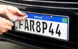 Detran divulga empresas credenciadas para estampar nova placas Mercosul