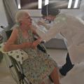 Santana: Prefeitura inicia vacinação em domicílio para idosos e acamados