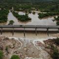 Nível do rio Ipanema subirá nas próximas horas e autoridades monitoram