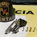 Delmiro: PM apreende arma na casa de suspeito de praticar violência doméstica