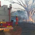 Sertão: bombeiros passam 4h combatendo incêndio em vegetação