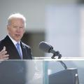 Biden reativa restrição de entradas no país a partir desta terça (26)