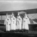 Da abolição à era Trump, documentário esmiúça história da Ku Klux Klan