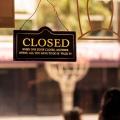Governo de AL volta a impor restrições em serviços do comércio, bares e restaurantes