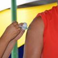 Santana do Ipanema começa a vacinar pessoas a partir de 35 anos neste sábado