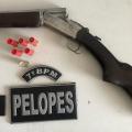Em Carneiros, PM prende homem armado e apreende máquinas caça-níqueis