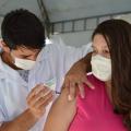 Covid-19: al já vacinou mais de 80% da população com a 1ª dose