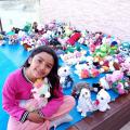 Menina de 6 anos inspira empresa líder em máquinas de capturar pelúcias
