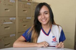 Beatriz Costa, 1 5 anos, representará Alagoas no Parlamento do Mercosul (Foto: Valdir Rocha)