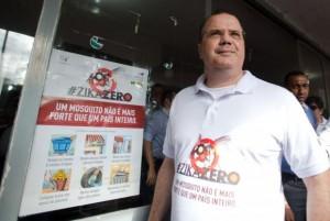 O presidente do Banco Central participa do Dia de Mobilização Nacional contra o Aedes (Foto: Marcelo Camargo / Agência Brasil)