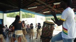 Alunos prestigiaram apresentação artística (Foto: Flaviana Cordeiro)