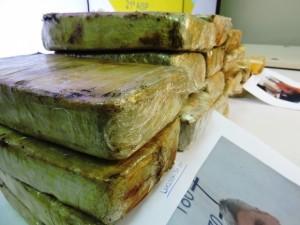 Na operação foram apreendidos quase 20 quilos de crack e 4,5 quilos de cocaína, avaliados em quase R$ 500 mil (Foto: Ascom/SSP)