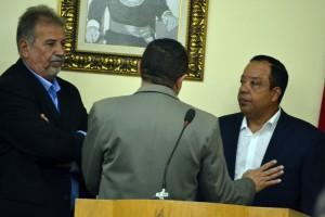 Vereadores conversaram bastante antes de começar a sessão (Foto: Lucas Malta / Alagoas na Net)
