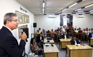 Prefeito Flávio Almeida trouxe o assunto na primeira sessão da Câmara (Foto: Assessoria)